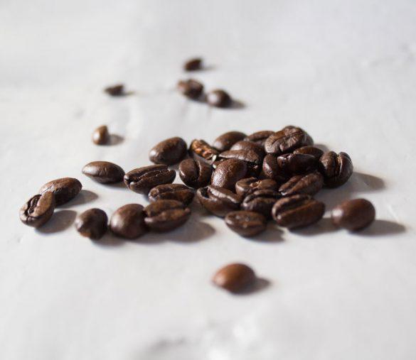 aromatisch duftende Kaffeebohnen.
