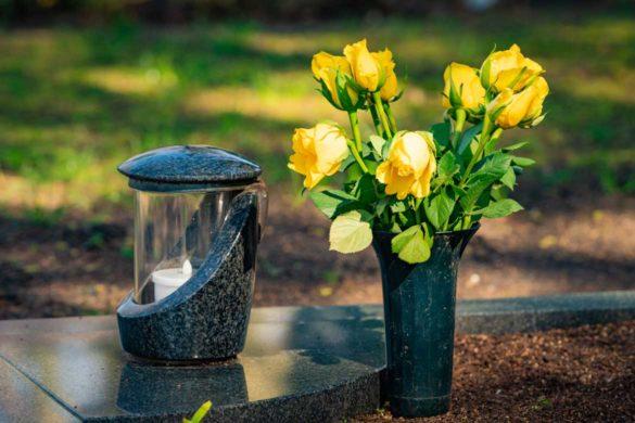 LED Grablicht verschönert jedes Grab